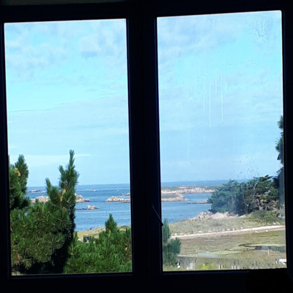 hostel vue mer restaurant